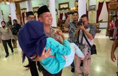 Kaum Disabilitas Berdoa untuk Kesuksesan Karier AKBP Budi Hermanto - JPNN.com