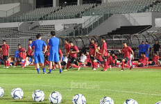 Pemain Diajari Shin Tae Yong Trik Penguasaan Bola yang Baik - JPNN.com