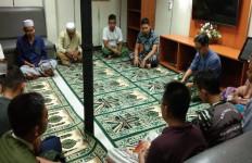 Begini Cara Komandan KRI Jaga Keseimbangan Mental Prajurit di Medan Operasi - JPNN.com