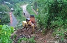 Lagi, Banjir-Longsor Terjang Kabupaten Bandung dan Bandung Barat - JPNN.com