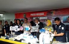 Tersangka Klinik Aborsi di Paseban Ternyata Pecatan Dokter PNS di Riau - JPNN.com