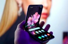 Ponsel Lipat Diprediksi Terjual 100 Juta unit pada 2025 - JPNN.com