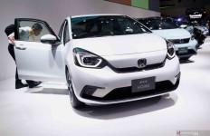 2021, Honda Setop Produksi Civic Coupe dan Jazz - JPNN.com
