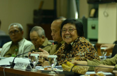 Menteri Siti Hemat Anggaran KLHK Rp 1,5 Triliun di Tengah Pandemi Corona - JPNN.com