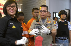 Polisi Gadungan Merampok Pakai Pistol Mainan, Begini Jadinya - JPNN.com