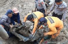 Tubuh Karna Uum Tertimbun Tanah Sedalam 1 Meter - JPNN.com