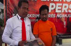 Janda Kaya Terjebak Rayuan Iptu Fandi, Mobil dan Uang Raib - JPNN.com