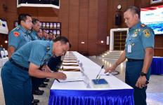 17 Kepala Satuan Kerja Markas Detasemen Mabesal Teken Pakta Integritas - JPNN.com