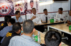Akhyar Mendapat Giliran Pertama Bertemu Aktivis Lintas Xponen 98 - JPNN.com