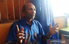 Boas Berharap Para Pemuda Sentani Lulus Seleksi Bintara Noken - JPNN.com