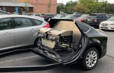Sedan Mewah ini Dimodifikasi jadi Mobil Barbequ - JPNN.com