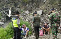 Dua Penambang Tewas Tertimbun Longsor di Lereng Gunung Merapi - JPNN.com