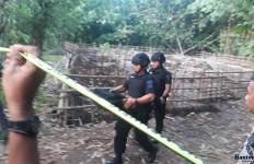 Mortir Aktif di Tengah Kebun Bambu - JPNN.com