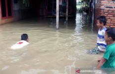 Penyebab Banjir di Karawang Versi BPBD - JPNN.com