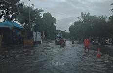 Senin Malam Jakarta Berpotensi Hujan Lebat, Angin Kencang, Petir - JPNN.com