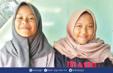 Sely dan Saskia Melihat Teman-temannya Pingsan dan Hanyut, Semua Hanya Menangis - JPNN.com