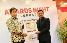 Sukses Kelola Tata Pemerintahan Banggai, Herwin Yatim Raih Goverment Award 2020 - JPNN.com
