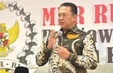 Bamsoet Ajak Calon Jemaah Haji Menerima Keputusan Menteri Agama - JPNN.com