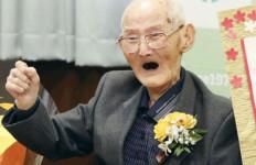 Manusia Tertua di Dunia Chitetsu Watanabe Meninggal - JPNN.com