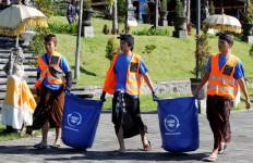 12.500 Sukarelawan Bersihkan Sampah di Bali - JPNN.com