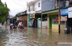 Maaf Warga Jakarta, Akses ke Kemang Tertutup Banjir - JPNN.com