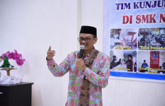 Kamus Sejarah Indonesia Sudah Dijual Bebas, Abdul Fikri Sentil Mendikbud Nadiem - JPNN.com