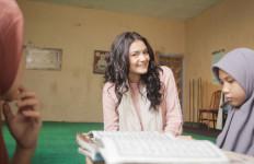Amanda Rawles: Ranah 3 Warna Bukan Sekadar Cerita Film - JPNN.com