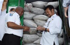 Mentan Syahrul Lepas Ekspor Buah Merah dari Sorong ke Cekoslovakia - JPNN.com