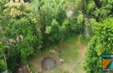 Fenomena Alam, Muncul Kolam Air Mendidih di Tengah Persawahan - JPNN.com