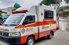 Suzuki Club Reaksi Cepat Sigap Evakuasi Korban Banjir Bekasi - JPNN.com