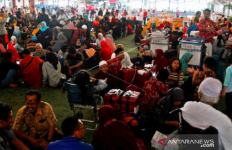 Mohon Bersabar, Pemerintah Siapkan Langkah Antisipasi Dampak Moratorium Umrah - JPNN.com