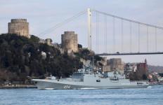 Turki Makin Songong, Rusia Kirim Dua Kapal Perang ke Perairan Suriah - JPNN.com