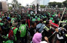 Kabar Baik untuk 2,5 Juta Pengemudi Ojek Online di Indonesia - JPNN.com