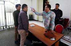 Suhu Tubuh di atas 37,5 Derajat Celcius Dilarang Masuk Istana - JPNN.com