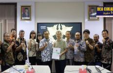Bea Cukai Berikan Izin Kawasan Berikat ke Perusahaan Sepatu Converse di Temanggung - JPNN.com
