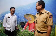 Mentan Tegaskan Lawan Alih Fungsi Lahan di Depan Wakil Wali Kota Bogor - JPNN.com