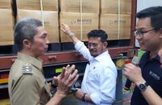 Mentan Lepas Ekspor Komoditas Larva Kering dari Bogor ke Inggris - JPNN.com