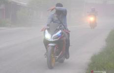 Ganjar Kirim 8 Ribu Masker untuk Warga Terdampak Erupsi Gunung Merapi - JPNN.com