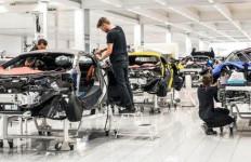 Dihantam Corona, McLaren Sampai Gadaikan Kantor, Pabrik, dan Mobil Bersejarah - JPNN.com