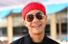 Ayo Tebak, Pak Ganjar Pranowo Jadi Mirip Siapa Ini? - JPNN.com