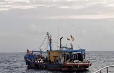 Laut Natuna Belum Terbebas dari Kapal Asing Ilegal, Nih Buktinya - JPNN.com