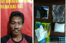 Tepergok Bawa Sabu-sabu, Sopir Truk Ini Menangis Histeris Saat Ditangkap Polisi - JPNN.com