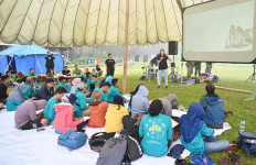 Darling Squad Ikuti Green Camp di Candi Gedong Songo - JPNN.com