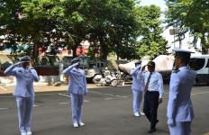 Mahfud MD Kunjungi Pusat Komando dan Pengendalian Bakamla RI - JPNN.com