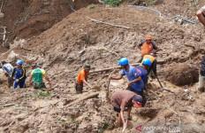 Tim SAR Hentikan Pencarian Korban Tertimbun Longsor di Tasikmalaya - JPNN.com