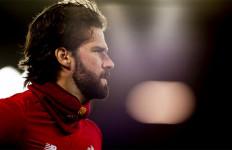 Kabar Tak Sedap dari Liverpool soal Alisson Becker - JPNN.com