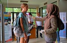 Dua Petugas Bandara Dinyatakan Positif Terjangkiti Virus Corona - JPNN.com