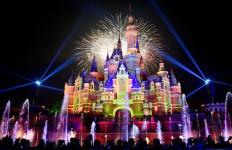 Virus Corona Tak Angker Lagi, Disneyland Shanghai Kembali Beroperasi - JPNN.com