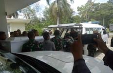 Sertu La Ongge Gugur Ditembak KKB, Hari Ini Ada Rapat di Kantor Mahfud MD - JPNN.com