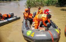 Perahu Rakit Tenggelam, Satu Warga Hilang - JPNN.com